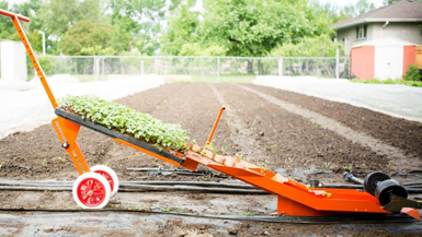 Industrial Design Spotlight: The Paperpot Transplanter