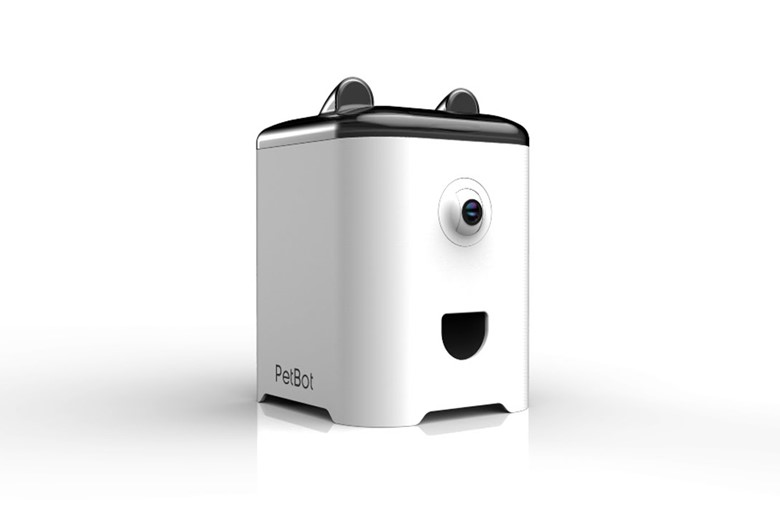 Hardware product development company, Mako Design's client PetBot.